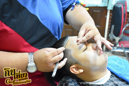 ร้าน Clippers 13 Barber Shop