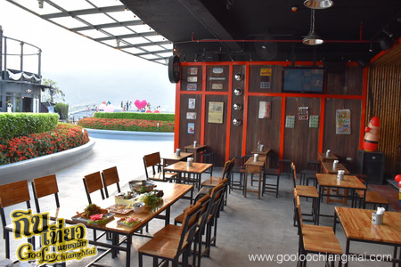 ร้าน The Trailer Cafe at MAYA Chiang Mai